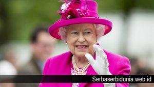 Beberapa Kebiasaan Unik Ratu Elizabeth II