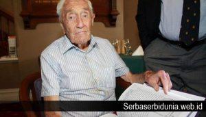 Ilmuwan Berusia 104 tahun Ini Ingin Disuntik Mati
