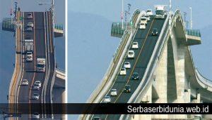 Jembatan Terseram Untuk Di Lintasi